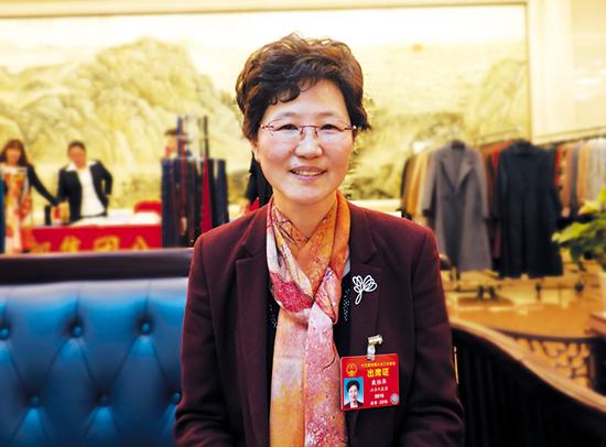 全国人大代表戴雅萍:把决策权和责任归还给招标人
