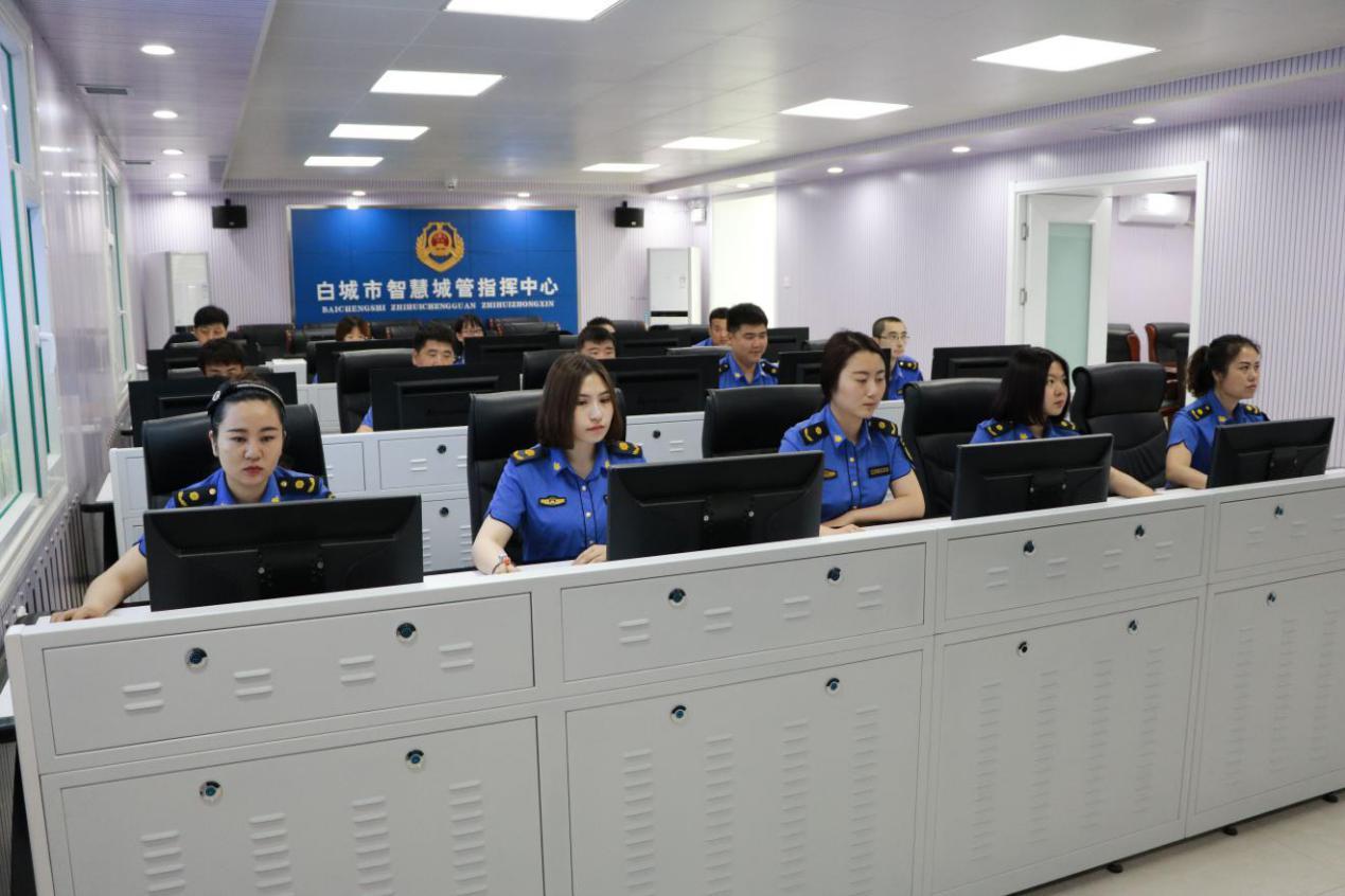 """吉林省白城市城市管理行政执法局 """"强转树""""塑队伍 """"提升年""""见成效"""
