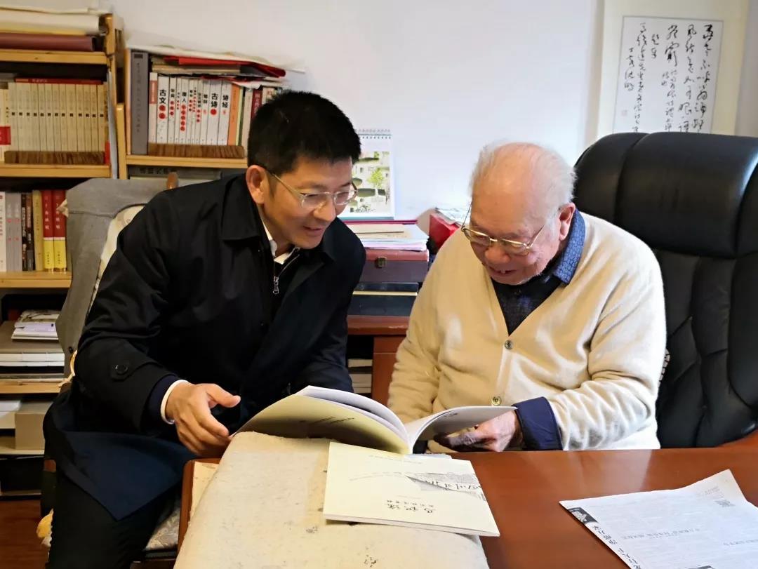 """建设美丽的""""天府之国""""——访四川省住房和城乡建设厅党组书记、厅长张正红"""