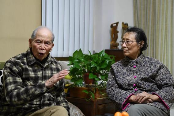 """【特别策划《金婚》】胡雨成、苏廷梅:关于""""金婚"""",他们说……"""