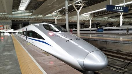 昌赣高铁开通运营