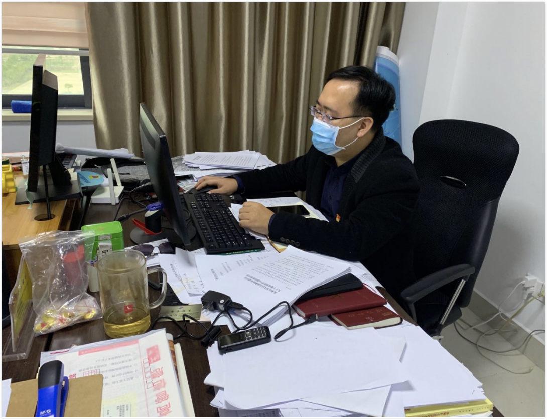 """潘晓文:疫情阻击战中的""""幕后英雄"""""""