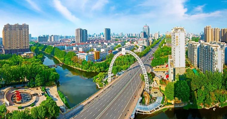 奋战春季黄金期  绘出绿色新画卷——潍坊市城市管理局全面开展春季绿化提升行动