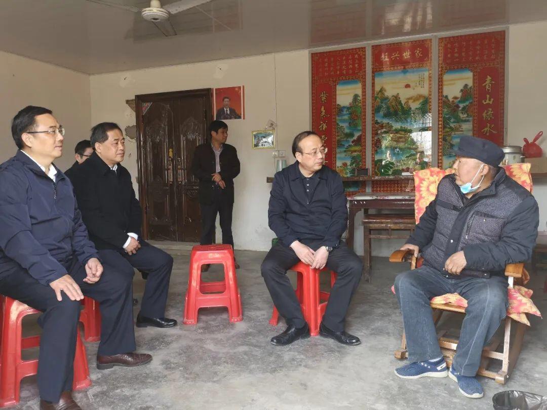 奋力书写滁州精准扶贫时代答卷——访全国人大代表、滁州市市长许继伟